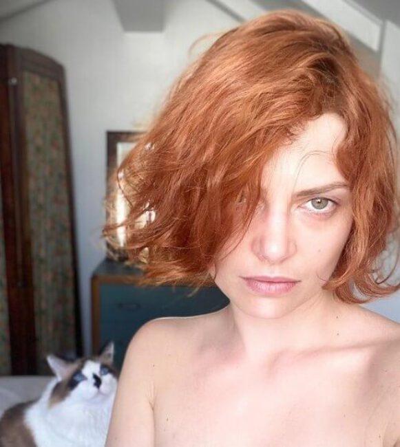 Elodie Frege3
