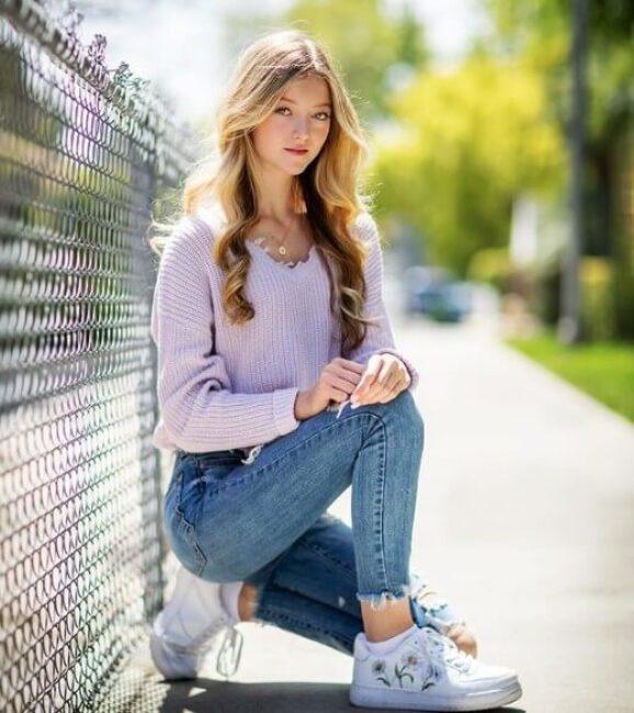 Emily Dobson2