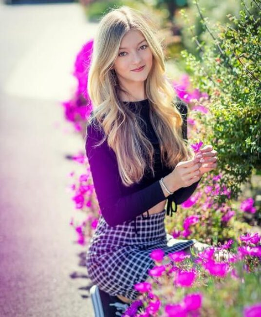 Emily Dobson5