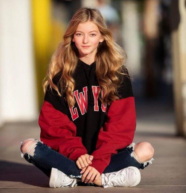 Emily Dobson7