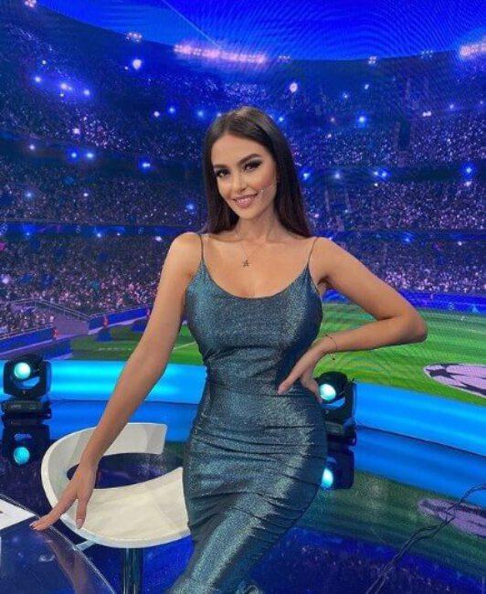 Eva Murati6