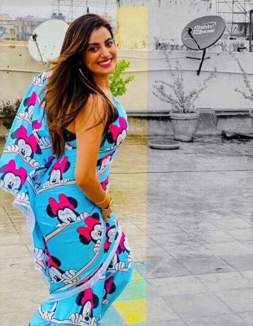 Akshara Singh1
