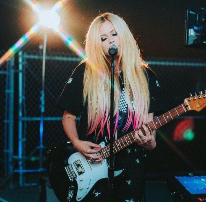 Avril Lavigne1