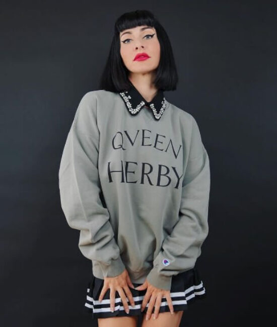 Qveen Herby3